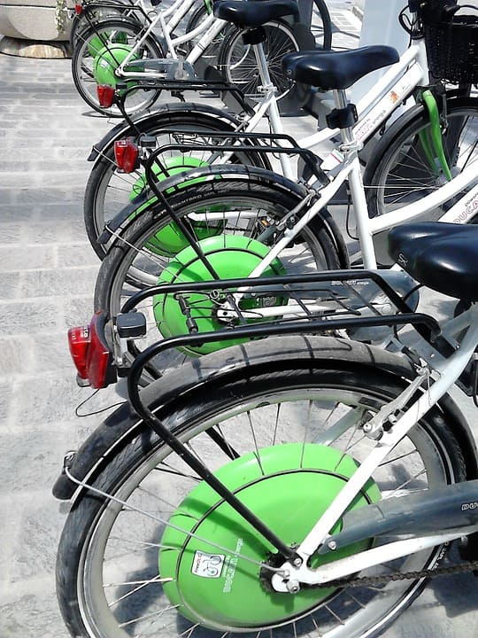 bicicleta eléctrica barata para mujer